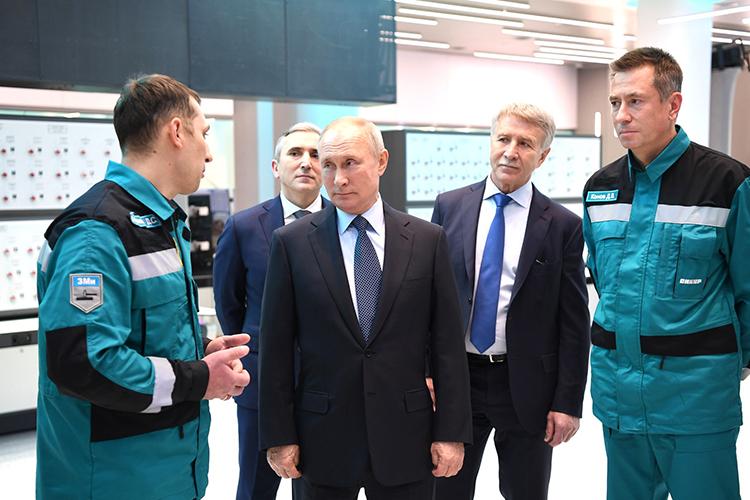 В2019 году «СИБУР» ввел вэксплуатацию крупнейший газохимический комплекс России— «ЗапСибНефтехим» вТобольске