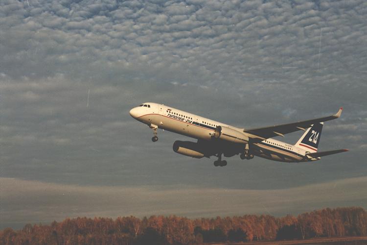 Первый Ту-214 отправляется в первый полет