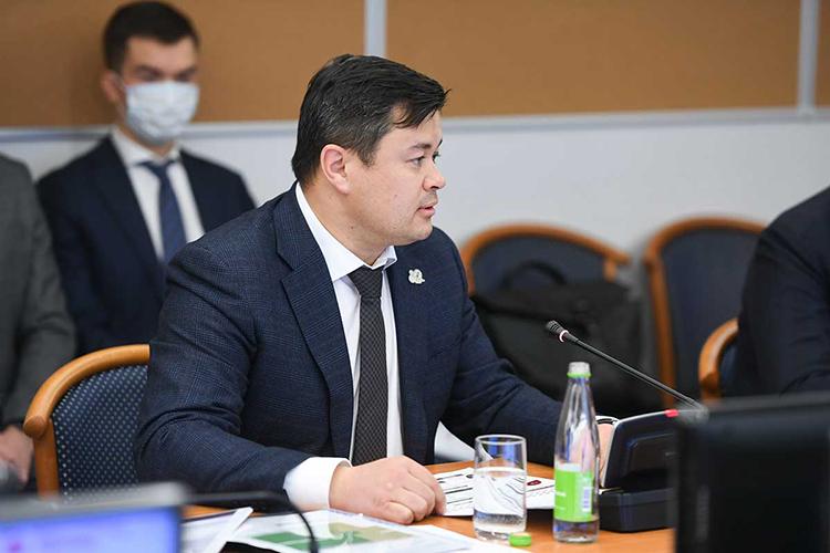 Алексей Белых, сменщикЮрия Пустовгарова, стартует внашем рейтинге свысокого 7-го места как представитель могущественного оборонного клана