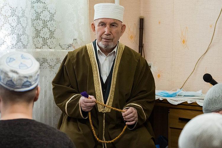 Магзанур Яруллин: «Яобъясняю, что здесь, вподвал надо спуститься, аон: «Разве мечеть такой бывает?»
