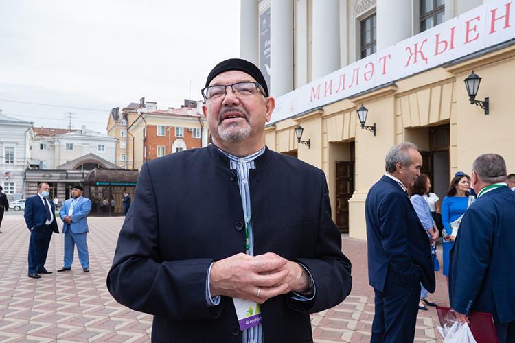 Рафик Мухаметшин(25) – некогда светский историк, асегодня авторитетный мусульманский ученый иодин изглавных встране специалистов поисламскому образованию