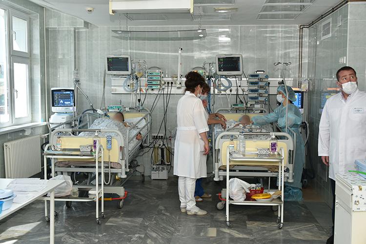 15 детей вКазани продолжают получать лечение, один ребенок выписан вудовлетворительном состоянии. Все дети, находящиеся вдетской больнице, стабилизированы