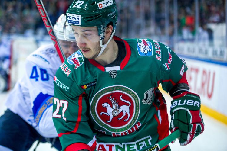 Ранее, помимо Яруллина, «АкБарс» покинул один изсамых результативных игроков командыСтанислав Галиев