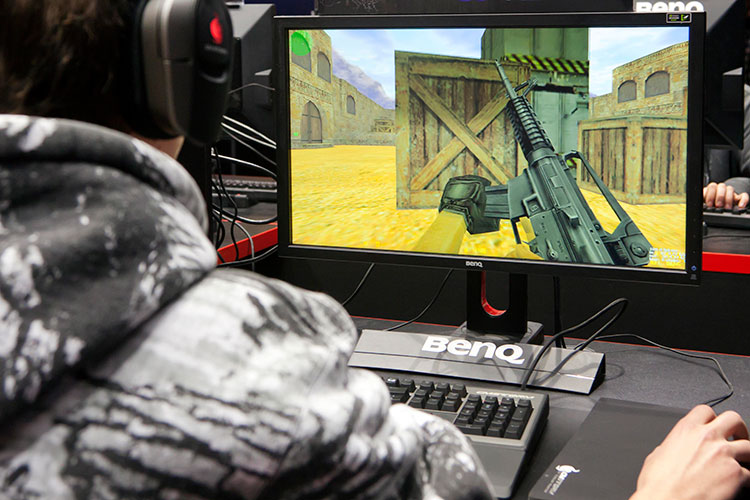 Counter-Strike (CS) был любимой игрой Галявиева. Вней онпровел вобщей сложности 549 часов реального времени