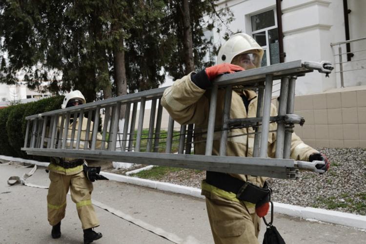 «Те объекты, которые мы, например, охраняем, там тоже периодически и пожарную безопасность проверяем, и антитеррористические меры проводим, различные мероприятия. Внеплановая проверка показывает реальное состояние, как обстоят дела по факту»