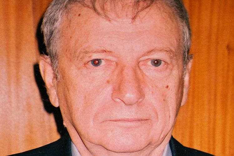 Научным руководителем по дипломной работе Алибаева был известный в масштабе страны ученый, специалист по истории политических репрессий в годы Гражданской войны Алтер Литвин