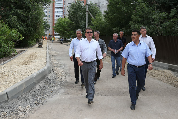 С 2007 года Алибаев возглавлял Ново-Савиновский район, а с 2010-го — еще и Авиастроительный