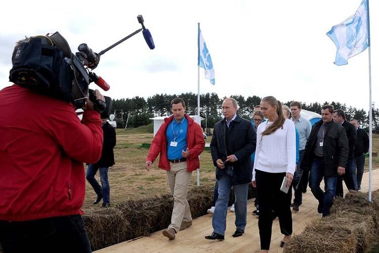Всвоем апрельском послании президент Владимир Путин сказал отом, что вкаждом нацпроекте, которых унас 13, должен быть раздел, посвященный молодежи имолодежной политике