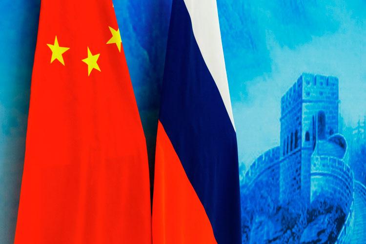 «Россия иКитай несобираются создавать формальный союз, тем более военный, потому, что уРоссии иКитая есть очень серьёзный исторический опыт формального союза, иэтот опыт был вкакой-то степени неудачный»