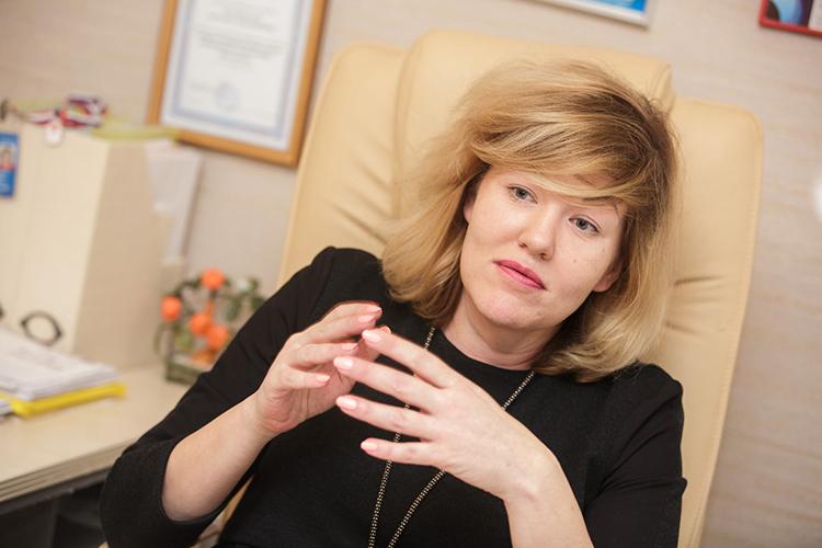 Наталья Реснянская: «В результате бедный заведующий оказывается между двух огней. С одной стороны ему говорят, что деньги собирать нельзя, а с другой он должен обеспечить безопасность»