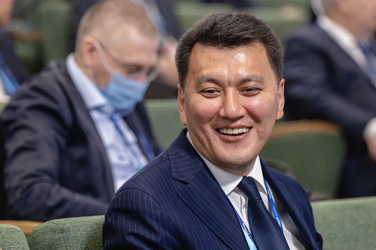 ЕрланКарин рассказал, как справлялся спандемией Казахстан, аСинявская— как через нее прошла Россия
