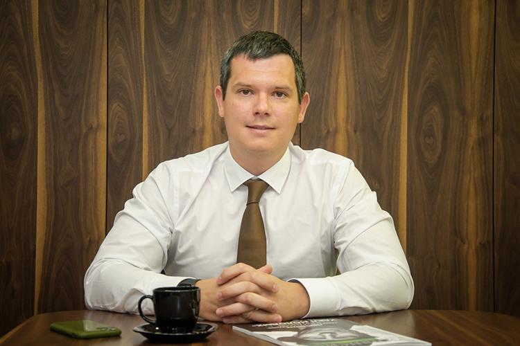Булат Хузиев: «IPO привлекают инвесторов возможностью максимально дешево купить то, что позже будет стоить значительно дороже. Инвестор покупает будущее, именно поэтому размещения проходят сдисконтом ксправедливой цене акций»