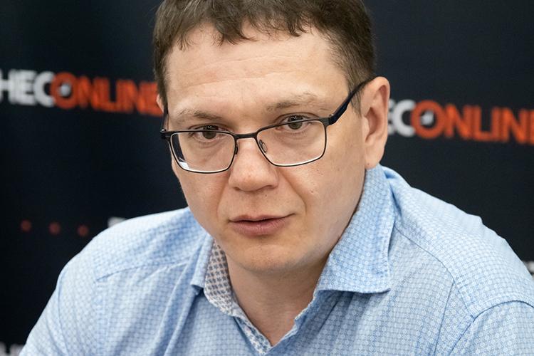 Павел Чиков: «ВРоссии оружие стало гораздо доступнее, чем былораньше. Кпримеру, даже влихие90-е доступимели только полицияибандиты»