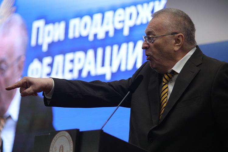 Лидер ЛДПРВладимир Жириновскийивовсе предложилперестать освещать вСМИ информацию орасстрелах вшколах