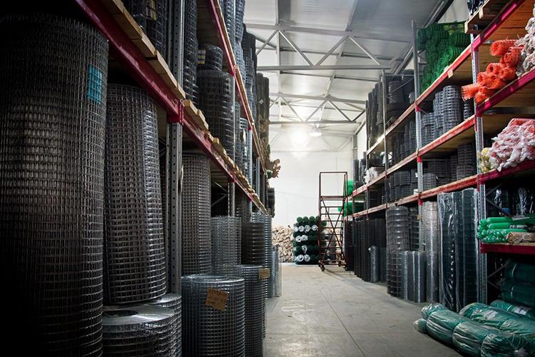Насобственном складе площадью более 2500 кв. мвналичиивсегда имеется сетка кладочная, сварная, садовая пластиковая, штукатурная, тканная, сетка-рабица, атакже ограждения, проволока, охранные заграждения