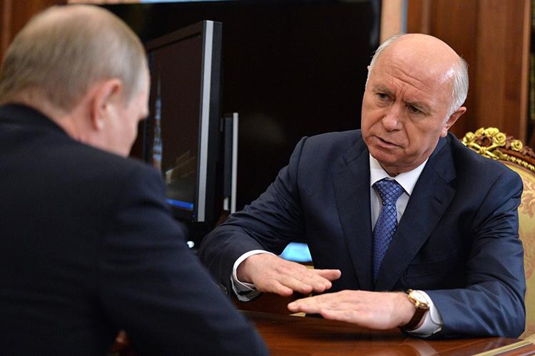 Наэтой неделе вТелеграме обсуждали попыткиНиколая Меркушкина«порешать дела» своего сынаАлексея. Меркушкина-младшего задержали всередине мая поподозрению вдаче взятки