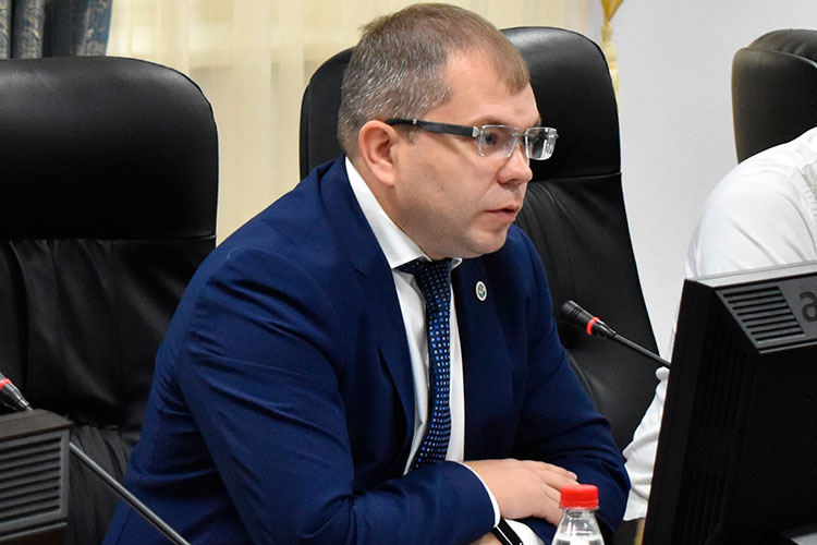 Публичные обсуждения контрольно-надзорной деятельности Татарстанского УФАС России вчера открыл замначальника управления Андрей Розенталь