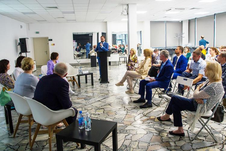 Кадровый голод вЗакамской зоне обсудили вчера напубличной встрече внабережночелнинском молодежном центре«Нур»