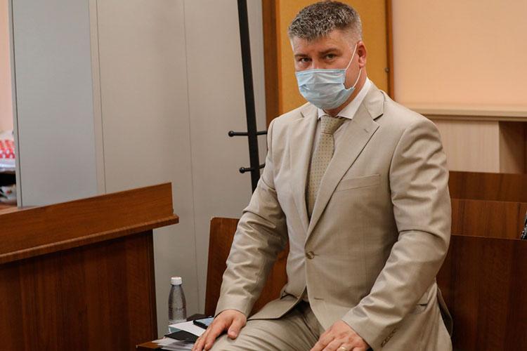 С прениями в суде выступили также представители потерпевших — АСВ и Центробанка. Юрий Пиягин, который в суде представлял Агентство по страхованию вкладов, согласился с мнением гособвинителей о доказанности вины Мусина
