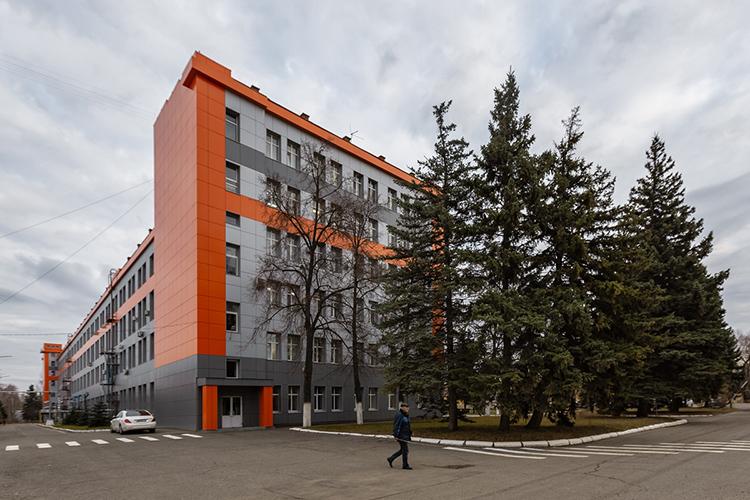 Выручка ведущего российского производителя оптической наблюдательной аппаратуры, АО«Казанский оптико-механический завод», в2020 году выросла на12%, с2,83млрд до3,17млрд рублей