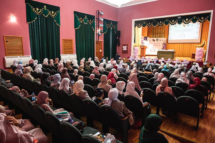 «Наша цель— мотивировать татар назаучивание Корана. Узбеки, таджики очень хорошо это делают, авот среди татар мало Коран-хафизов»