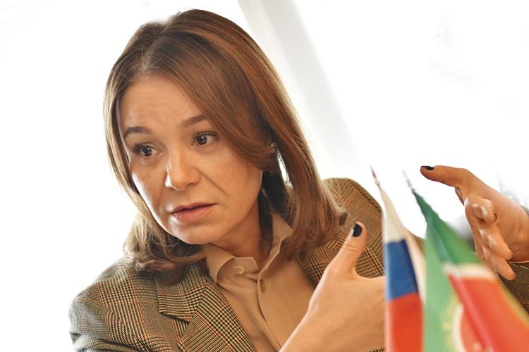 В2020 году кАльфие Когогиной обратилось примерно 500 граждан, она провела 33 приема вгородах ирайонах Набережночелнинского одномандатного округа иврегиональной общественной приемной председателя партии «Единая Россия» вКазани