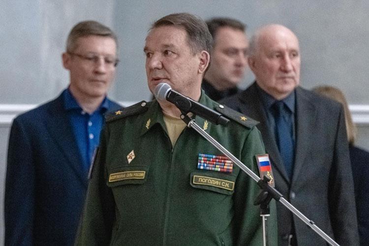 Сергей Погодин рассказал, что буквально два дня назад онразговаривал сДинниуловым оскором автопробеге, который будет посвящен Дню памяти искорби 22июня