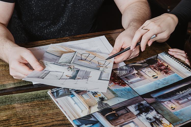 «Хороший дизайнерский ремонт— таже инвестиция. Такие квартиры продаются гораздо проще ивыгоднее, невсе хотят тратить время наотделочные работы ирассматривают готовое жилье»