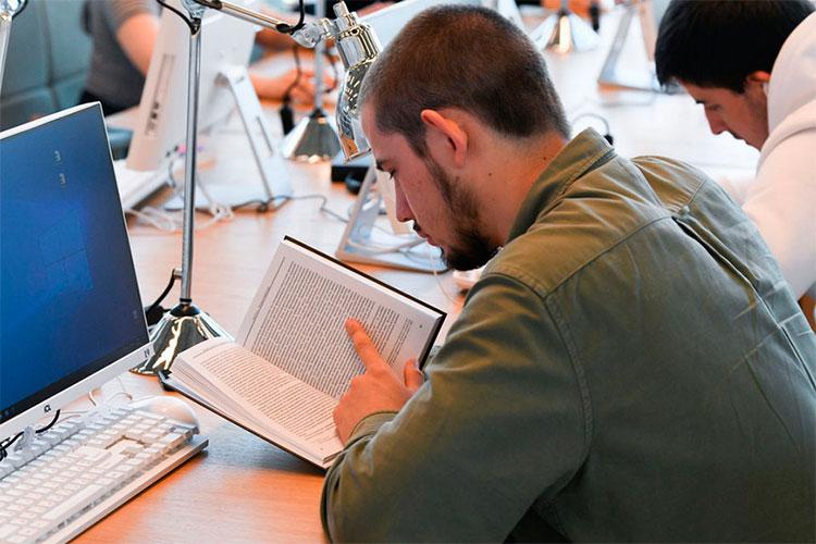 Наднях вКазани завершили курсы татарского языка для работников отелей, ресторанов, заведений общественного питания