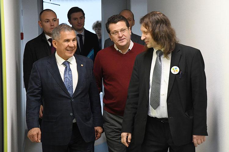 Школу посещали президент РТ Рустам Минниханов и мэр Казани Ильсур Метшин
