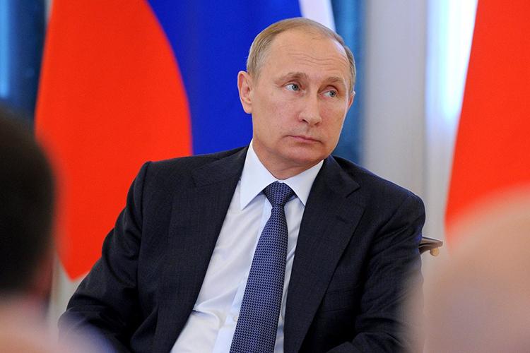 Владимир Путин:«Говорить орусских, как онекоренном народе— это просто ненекорректно, асмешно иглупо. Это несоответствует истории абсолютно. Деление накоренных, первосортных или второсортных людей— это точно уже смахивает, напоминает теорию ипрактику нацистской Германии»