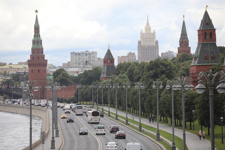 «Стратегический путь России— так называемый третий путь. Пусть многие посмеются, ноМосква— ТретийРим»