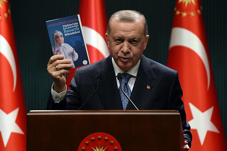 Закрепить успех должен был мартовский официальный визит вКазахстан президента ТурцииРеджепа Тайипа Эрдогана, новитоге онбыл отменен «всвязи сухудшением эпидемиологической ситуации вКазахстане»