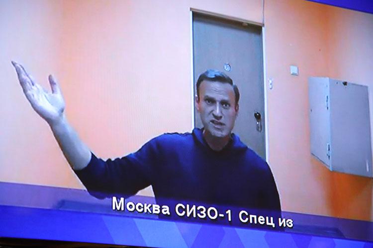 «Янехочу утверждать, что Навальный станет номером один наженевских переговорах, ноонбудет присутствовать обязательно»