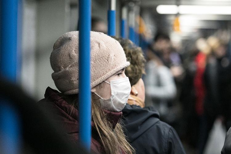 Четко можно было понять, что необходимое идостаточное условие подавления эпидемии— это всего лишь сокращение контактов наритейле итранспорте, доуровня 70%, адля гарантии, если возникают какие-то всплески— доуровня50%