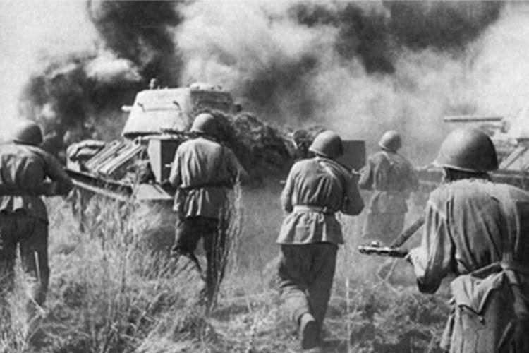 Германские войска вторгаются на территорию СССР