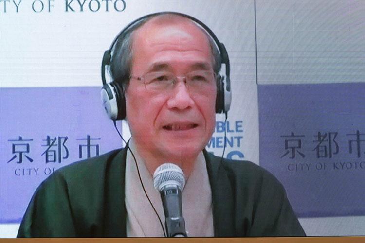 Мэр города Киото Дайсаку Кадокава: «Я рад, что конференция проходит в Казани, в городе, где разные религии и культуры сосуществуют в гармонии. Казань вписана в историю лиги, я чувствую вашу энергетику!»