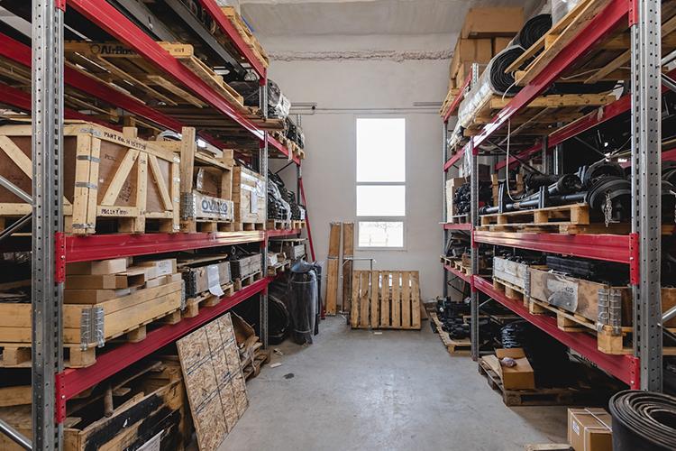 «Размеры наших складских запасов составляют в среднем от 80 до 120 миллионов рублей и с каждым годом растет»