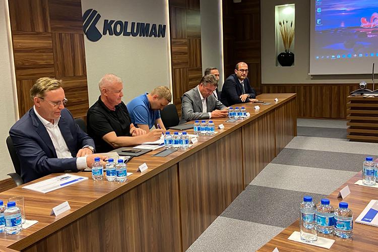 3июня между ПАО «КАМАЗ» иООО «Колуман» был подписан протокол осоздании совместного предприятия попроизводству шторных полуприцепов