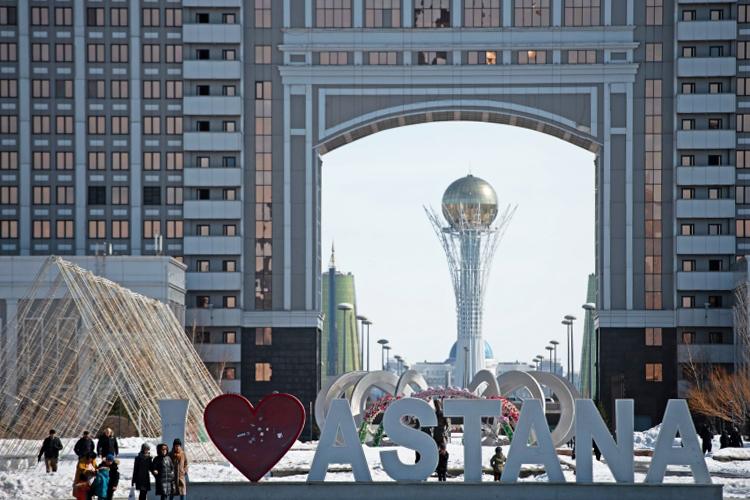 «В настоящее время импорт товаров из России в Казахстан составляет порядка 30–40 процентов, а это очень много»