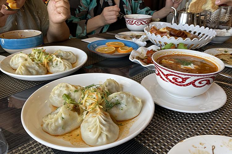Традиционная киргизская кухня очень сытная