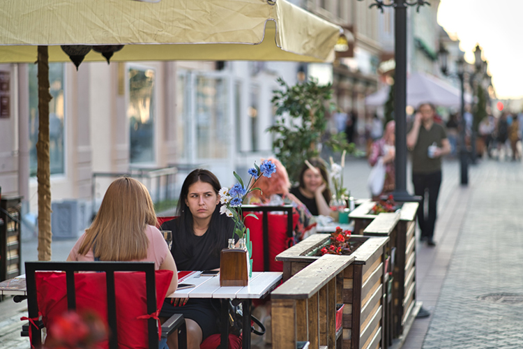 «Понятно, что летние веранды незаменят полноценной торговли всего ресторана. Это сложно»