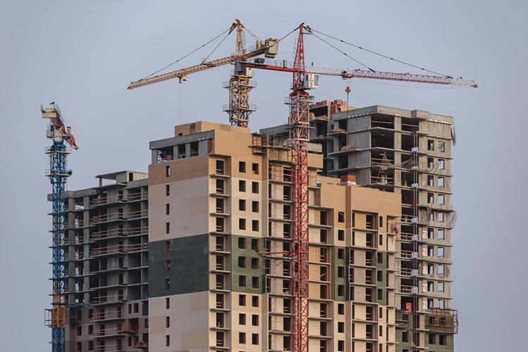 Самый интересный вариант финансирования строительства трассы— привлечь деньги компаний, застраивающих данное направление жильем. Наличие быстрых дорог-дублеров увеличит коммерческую привлекательность жилья