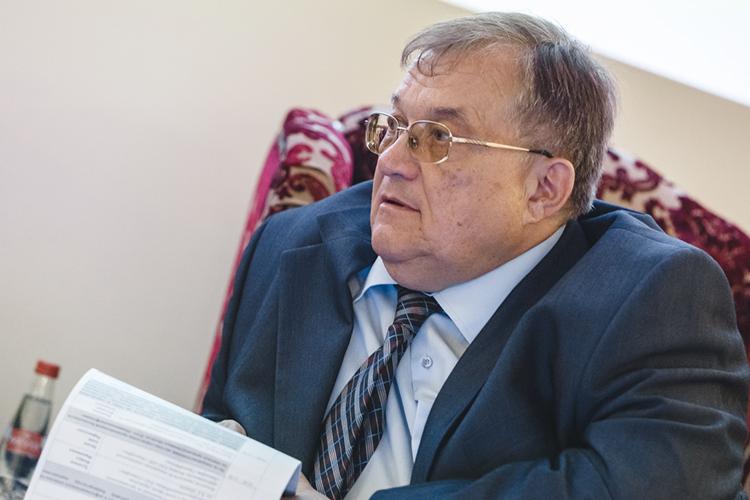 Под суд Борис Германович пойдет подвум статьям— ч.1 статьи 285 УКРФи169 УКРФ. Это «Злоупотребление должностными полномочиями» и«Воспрепятствование бизнеса»