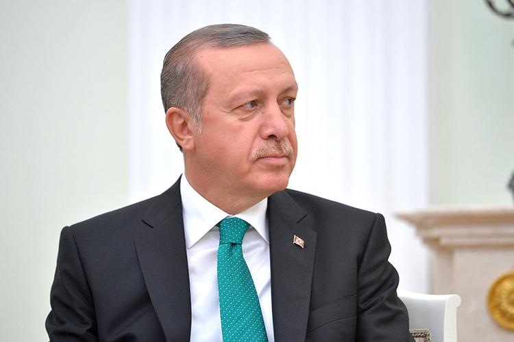 """Реджеп ТайипЭрдоган:«Сегодня мыоткрываем новую страницу развития Турции, закладывая первый камень встроительство первого моста через канал """"Стамбул""""»"""