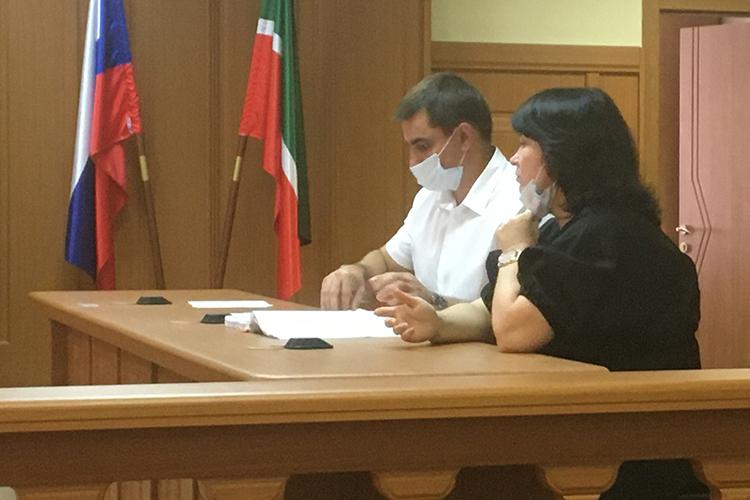 Адвокаты Руслан Мадифуров и Ольга Шелковникова