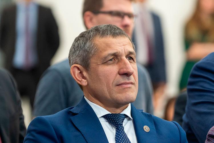 Ильдус Зарипов: «Желаем, чтобы в следующие 30 лет вы стали самой крупной компанией не только в Российской Федерации, но и во всем мире»