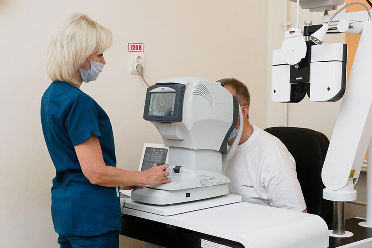 ВРКОБ экономят время пациента— сдать всенеобходимые анализы (2), пройти специальные обследования, ЭКГ, флюорографию (3), можно непосредственно всамой клинике заодин день