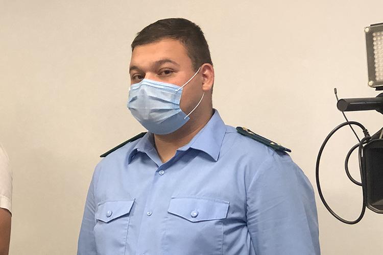 Роман Коренков:«Считаю его [ходатайство] необоснованным ипрошу суд изменить меру пресечения надомашний арест»