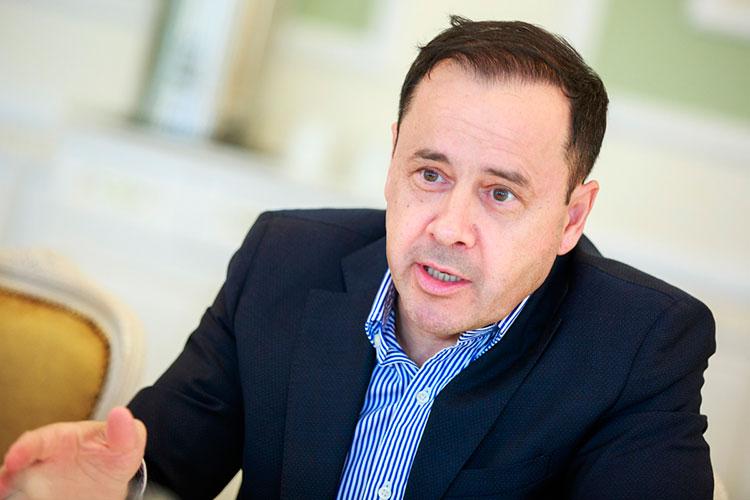 Зуфар Гаязов: «Люди, которые принимают решения, лучше разбираются вэтом, ситуация серьезная, это связано сжизнями людей, ничего дороже этого быть неможет»